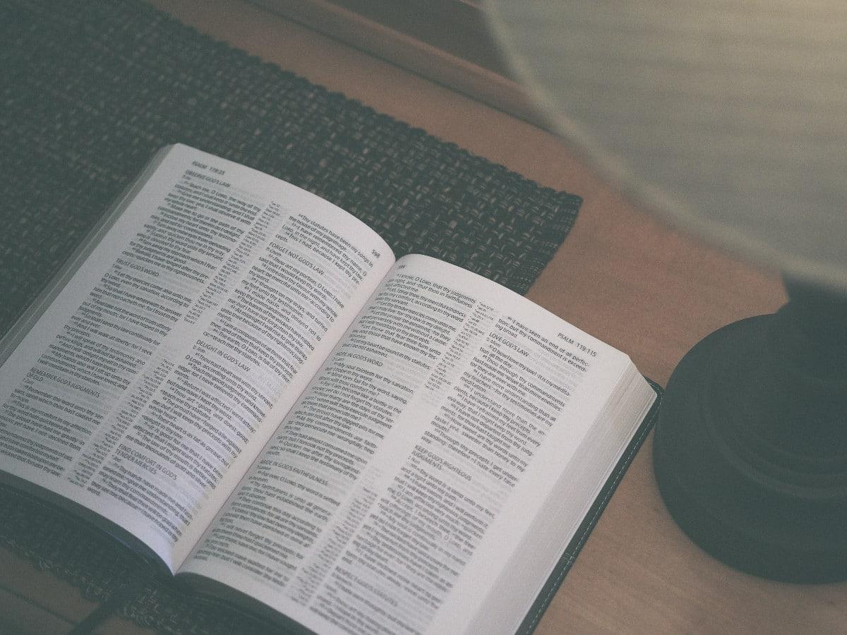 best tony evans study bible